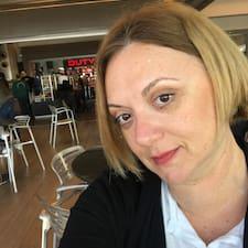 Profilo utente di Liora
