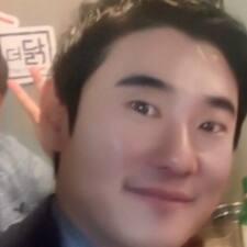 Henkilön Jongyun käyttäjäprofiili