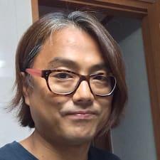 Henkilön Byoungho käyttäjäprofiili