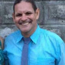 Carlos Eduardo je superhostitelem.