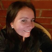 Profil Pengguna Evelyn