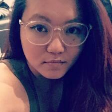 Joycelyn felhasználói profilja