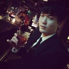 杨 felhasználói profilja