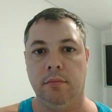 Profil Pengguna Cláudio