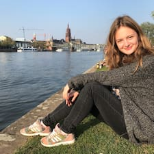 Profilo utente di Julia