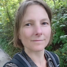 Profil Pengguna Julia