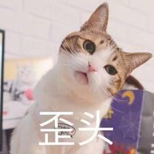 离吖 felhasználói profilja