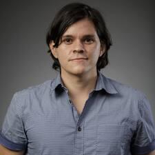 Daniel E. User Profile