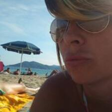 Profil Pengguna Giulia