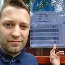 Profil Pengguna Niels Møller
