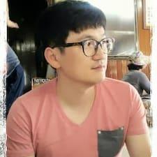 홍구 User Profile