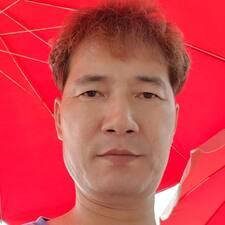 Henkilön 영봉 käyttäjäprofiili