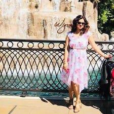 Anjali Saklani ist ein Superhost.