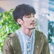 阿狗达 felhasználói profilja