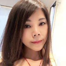 草彤 User Profile