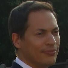 Cyril felhasználói profilja