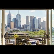 Kate - Melbourne Luxury Stays