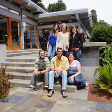 Redwood Coast Vacation Rentals é um superhost.