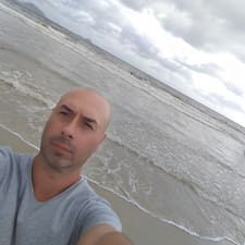 Nutzerprofil von Oscar Alberto