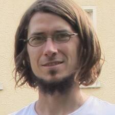 Laurenz User Profile