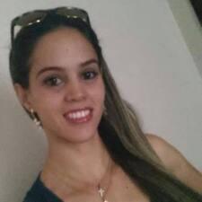 Profil Pengguna Luciane