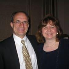 Anne Lynne User Profile