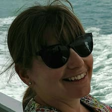 Valérie-Anne的用戶個人資料
