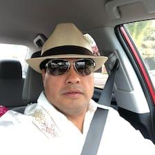 José Luis to Superhost.