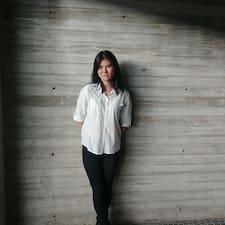 ดูข้อมูลเพิ่มเติมเกี่ยวกับ Valeria Izumi