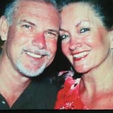 Scott-and-Sarah2