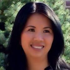 Emily K - Uživatelský profil