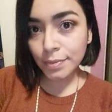 Henkilön Adriana käyttäjäprofiili
