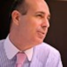 Vicente97