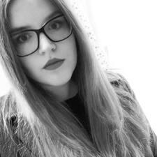 Arina felhasználói profilja