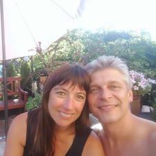 โพรไฟล์ผู้ใช้ Peter & Alexandra