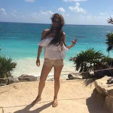 Tania Daniela felhasználói profilja