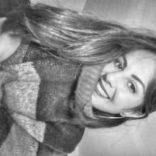 Isabella M. Avatar
