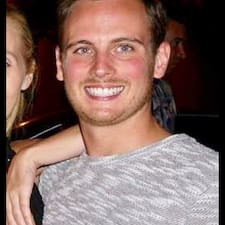 Andrew felhasználói profilja