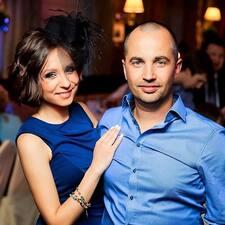 Profil Pengguna Anna & Pavel