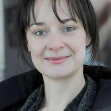 Elisabeth (Ella) felhasználói profilja