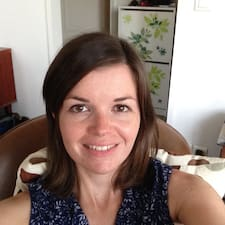 Henkilön Anne-Sophie käyttäjäprofiili