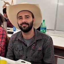 José Antônio est un Superhost.