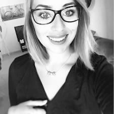 Laure - Uživatelský profil