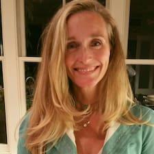 Jenny is een SuperHost.