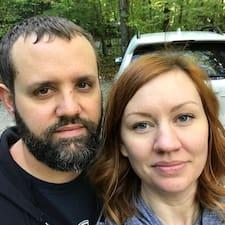 Kristi & Eric je superhostitelem.