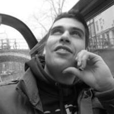 Antonio Y Paloma User Profile