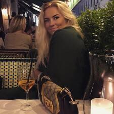 Profil korisnika Victoria Caroline