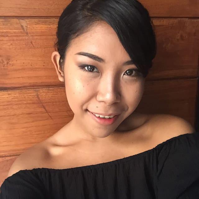 Profil Pengguna Yuli