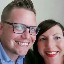 James & Zoe felhasználói profilja