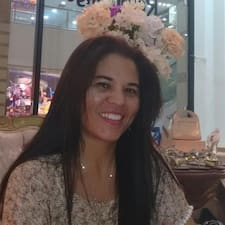Elizabeth Andrade User Profile